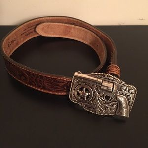 JUSTIN BOOTS Embossed Leather Belt   22